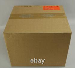 Factory Sealed Case Nintendo Wii U Deluxe Mario Kart 8 Console Bundle x 2 VGA It