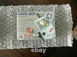 Gameboy classic US version Year 1989/ SEALED and vga Ready/ Collector's item