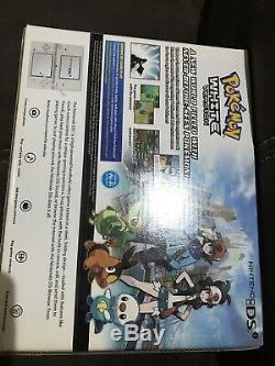 Nintendo DSi Reshiram & Zekrom Edition Bundle with Pokemon White New & Sealed
